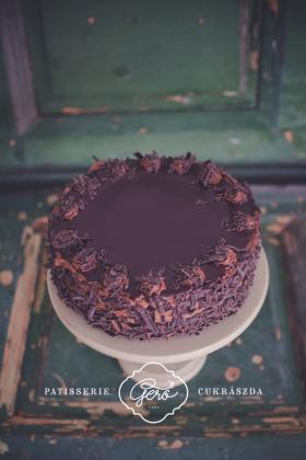 510. Házi csokoládétorta