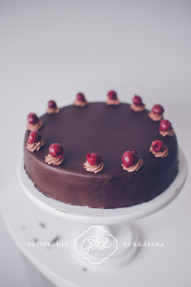 553. Lúdláb torta