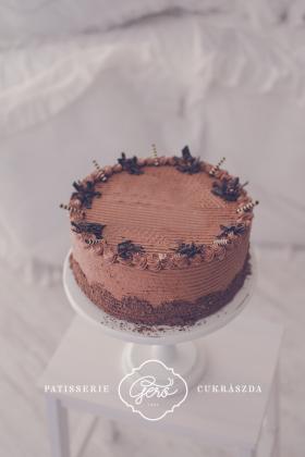 533. Zala kocka torta