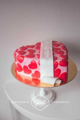 106. Szív torta