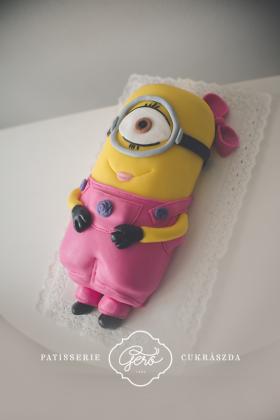 Minion lány torta