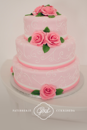 39. Esküvői torta