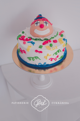 325. Bohóc torta