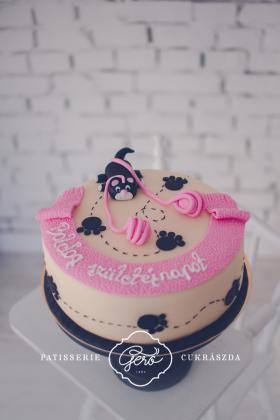 321. Marcipán torta